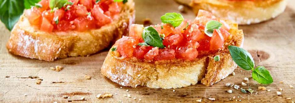 Spanish tumaca bread